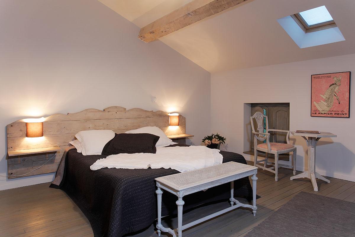 chambres d 39 h tes proche de collioure wifi climatisation d coration raffin e piscine. Black Bedroom Furniture Sets. Home Design Ideas